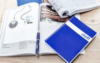QuinScape Block und Stift auf Katalog