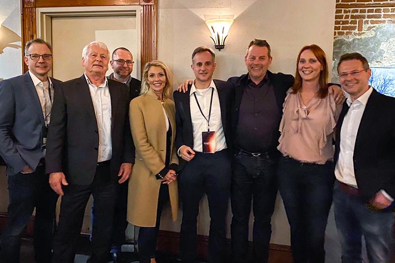 v.l.n.r. Christian Schneider (QuinScape), Dr. Norbert Jesse (QuinScape), Philip Moston (QuinScape), Christal Bemont (CEO, Talend), Dr. Gero Presser (QuinScape), Rolf Heimes (Talend), Tanja Menke (QuinScape), Jacon Beck (Talend)